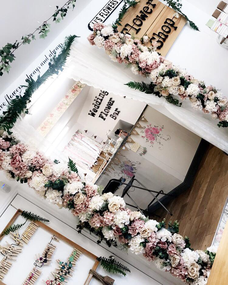 Wedding flower bar
